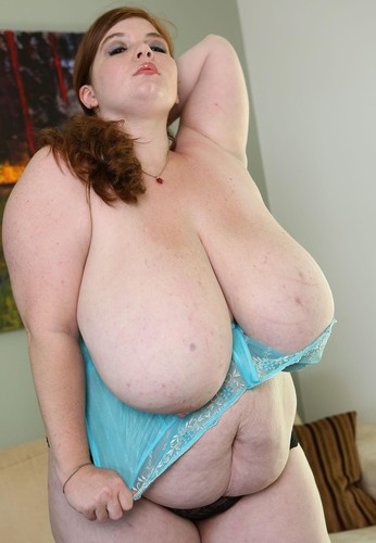 Lexxxi Luxe   BBW  with Giant Tits in Hardcore HD