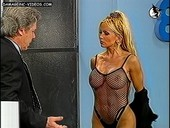 Dana Fleyser desnuda